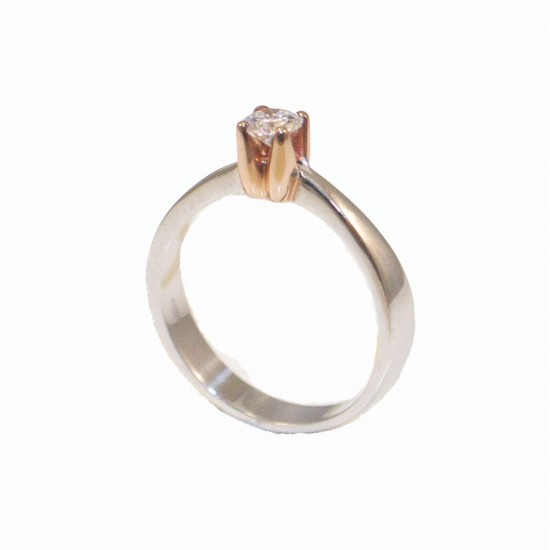Whitegold wedding ring K18 with rose gold binding and brilliant 0,27ct total weight 3,78gr