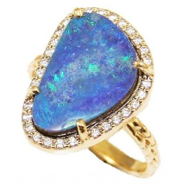 Gold ring K14 with white zircon and natural stone opal
