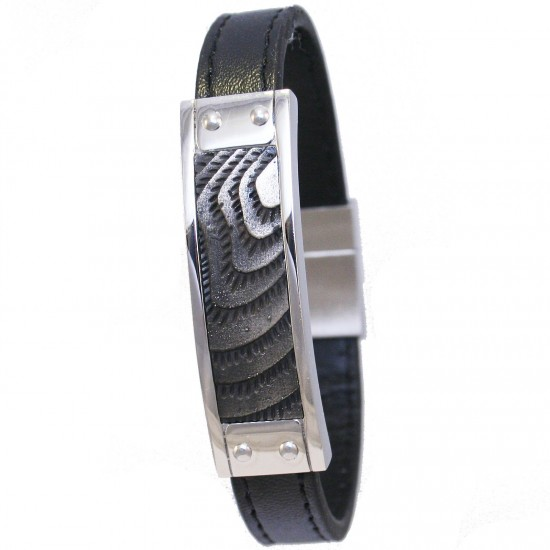 Stainless steel men handcuff with leather strap Suitable for all wristsable for all wrists