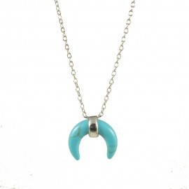 Sterling silver necklace with horn symbol of strength in turquoise  040718