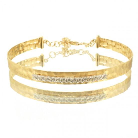 Βραχιόλι χρυσό Κ14 χειροπέδα σφυρίλατη και σειρά με λευκά ζιργκόν 85110