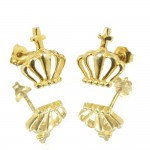 Silver earrings with gold plated crown design S1791